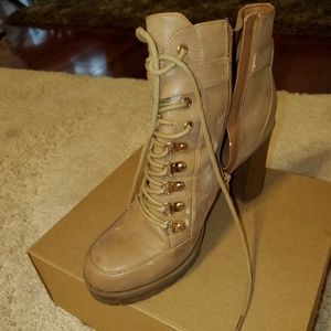 Guess Adorable Boots